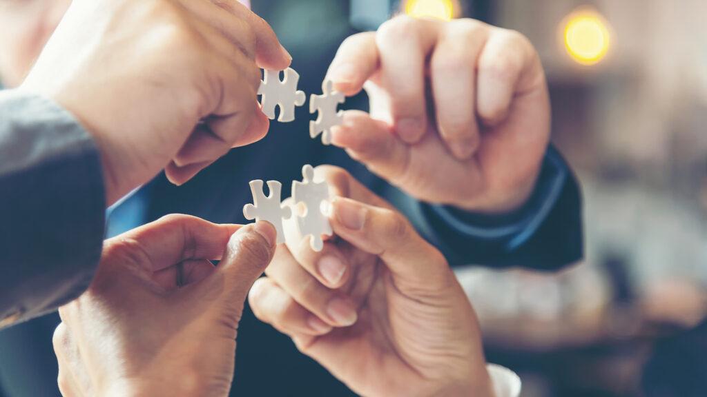 Business_Team_Puzzle